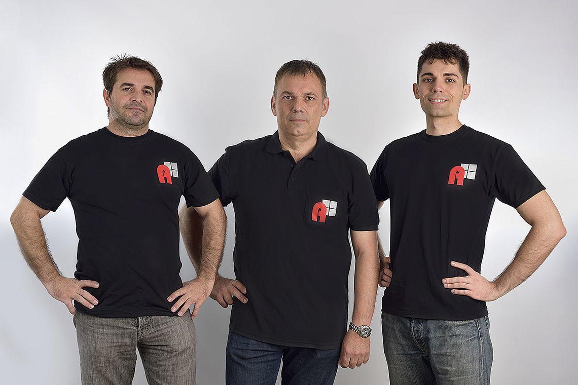 Equipo Alugal - Fabricantes de ventanas de PVC en Madrid