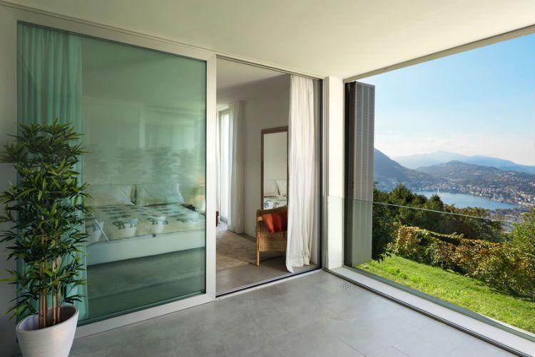Carpinter a de aluminio en madrid cerramientos de aluminio for Cuanto cuesta el aluminio para ventanas